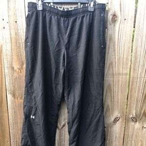 UA Wind Pants